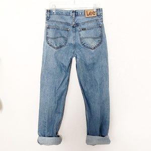 Vintage Lee High Rise Straight Distressed Jean 080